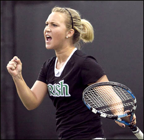 singles in tefft Finished the fall with an 8-2 record in singles play  advanced to the quarterfinals  owned a win over notre dame's kelcy tefft, the no 45 player in the country.